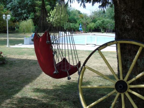 Hammock in the tree Indoor and outdoor activities Martin-Pecheur
